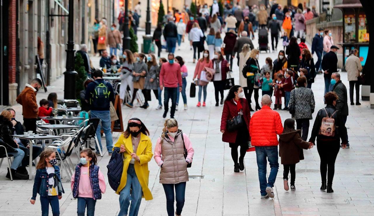 La población de España aumentó en 61.609 personas durante 2020