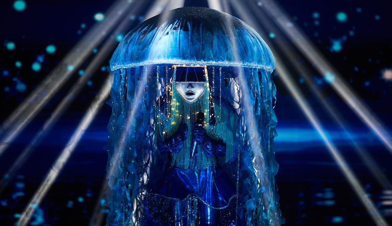 Medusa, pura sensualidad al ritmo de 'Waterfalls' en 'Mask Singer'