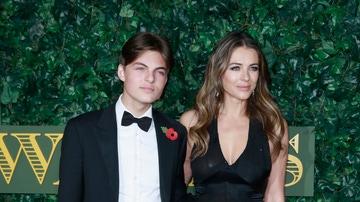 Elizabeth Hurley y su hijo Damian