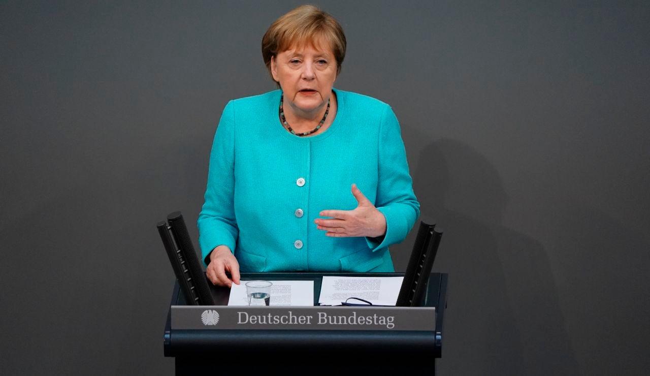 Angela Merkel, en su comparecencia ante el Bundestag en Berlin