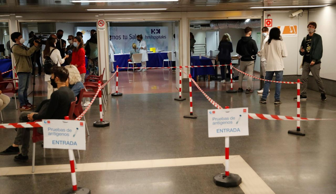 Madrid comienza hoy la realización de test de antígenos gratuitos en el intercambiador de Plaza  Castilla