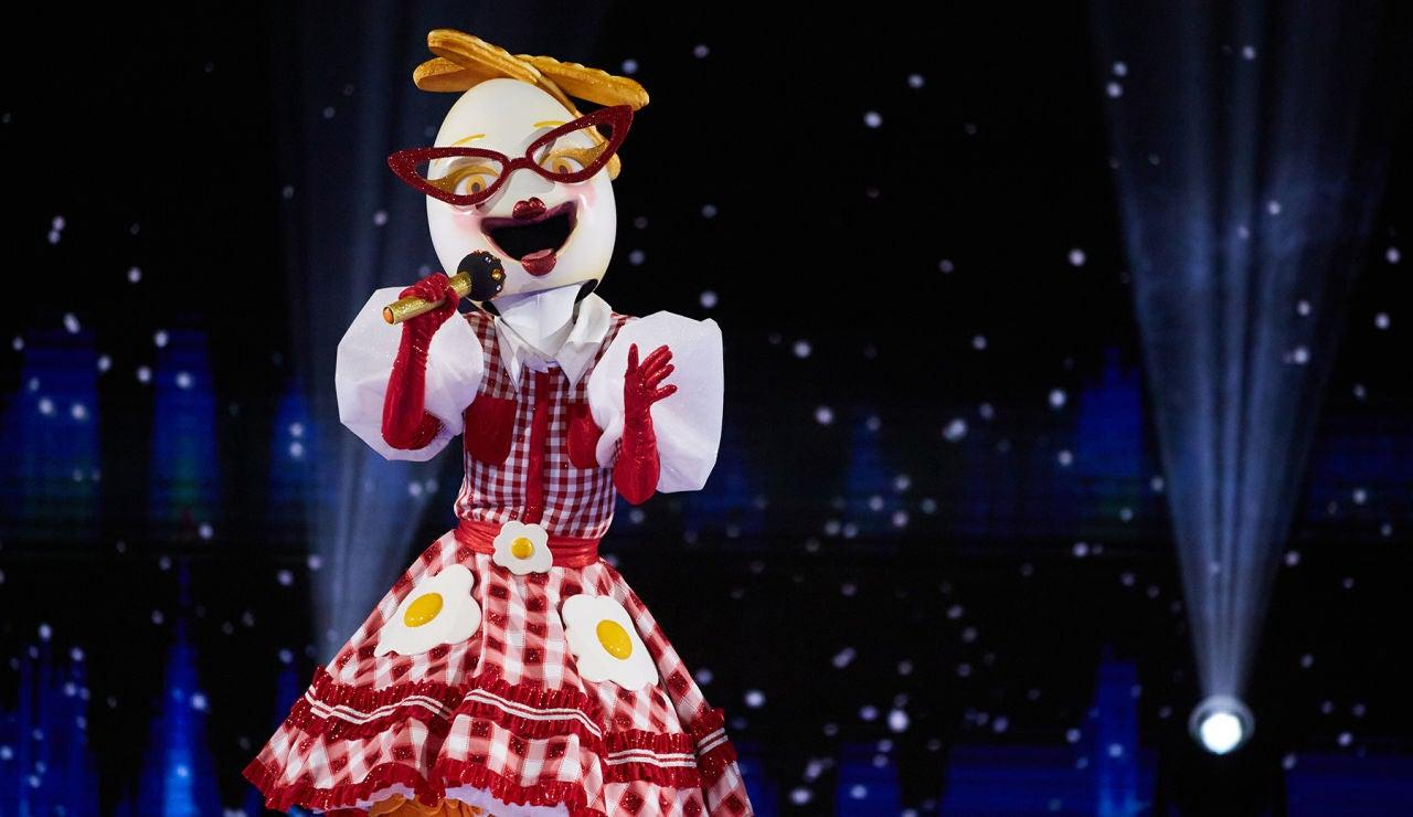 Huevo enamora a todos con el tema 'Say So' en el Duelo Final de 'Mask Singer'