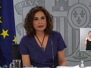 """María Jesús Montero, sobre los indultos: """"No podemos dirimir continuamente la política en sede judicial"""""""