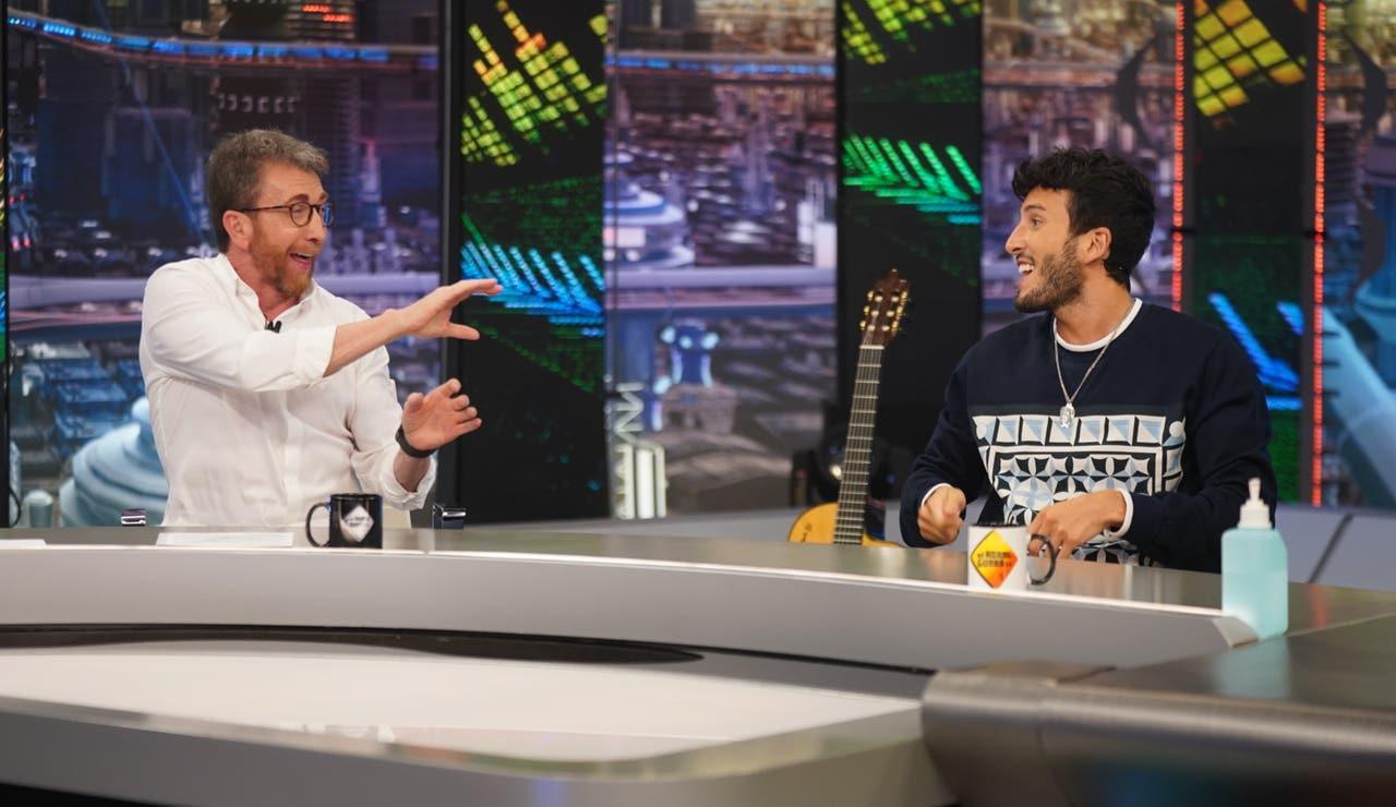"""Sebastián Yatra revela sus ídolos infantiles: """"Enrique Iglesias y Ricky Martin me han inspirado desde chiquito"""""""
