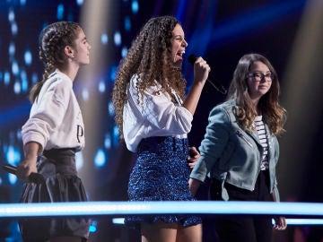 Nuria Humaran, Carla Quesada y Carla Aucejo cantan 'Un año' en las Batallas de 'La Voz Kids'