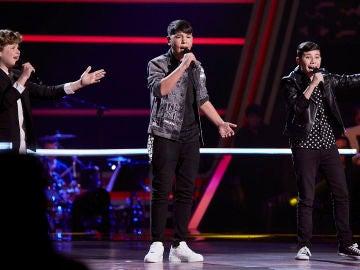 Rafael, El Popo y Juanmi canta 'Ya no quiero tu querer' en las Batallas de 'La Voz Kids'