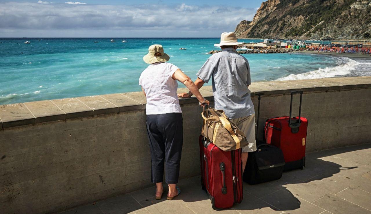 Fecha límite para solicitar los viajes del Imserso y los destinos más demandados