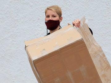 Soraya Arnelas, durante la mudanza a su nueva casa