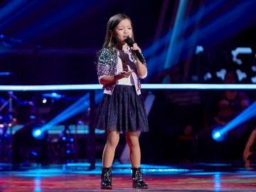 Cahaya Lovisa canta 'Heal the World' en el Último Asalto de 'La Voz Kids'