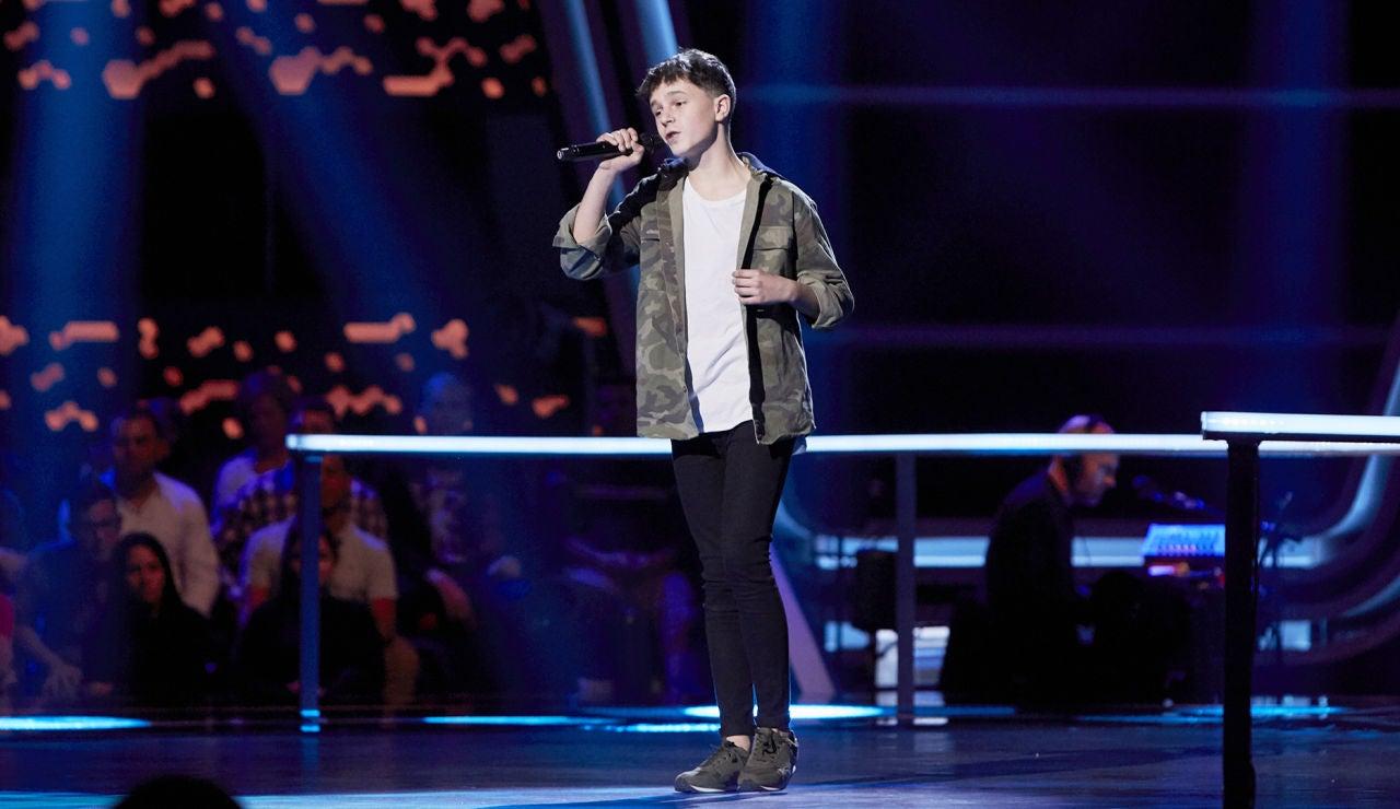 Alberto Negredo canta 'El sitio de mi recreo' en el Último Asalto de 'La Voz Kids'