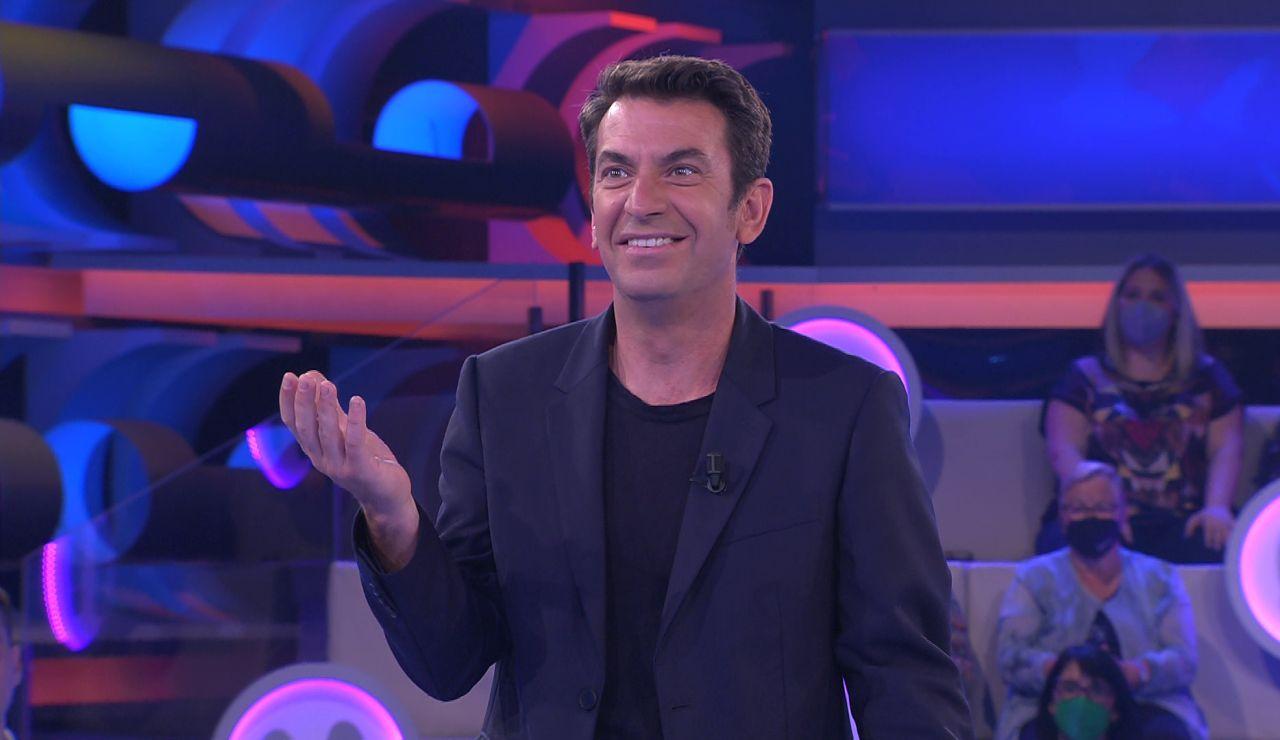 Arturo Valls pierde el hilo del programa gracias a una increíble sorpresa