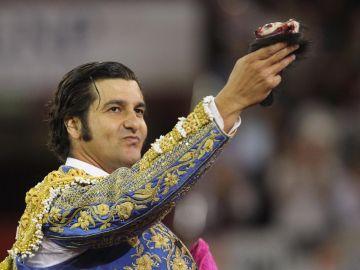 """Twitter bloquea la cuenta del torero Morante de la Puebla por fomentar """"placer sádico"""""""