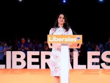 """Inés Arrimadas considera """"inadmisible"""" que la Asamblea de Ceuta declare persona 'non grata' a Santiago Abascal"""