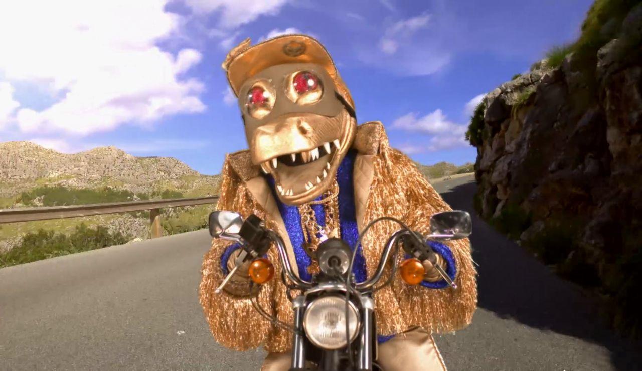 """Cocodrilo y su forma de ser feliz: """"Quiero una moto cerquita del mar"""""""