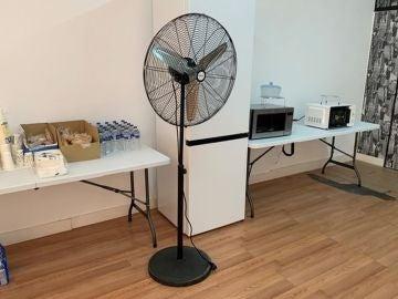Un centro comercial de Cartagena sin aire acondicionado par vacunar contra el coronavirus