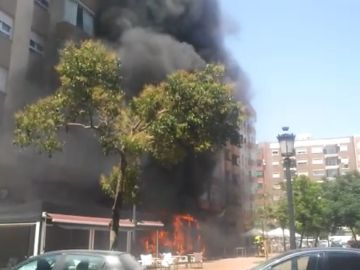 Incendio Valencia furgoneta