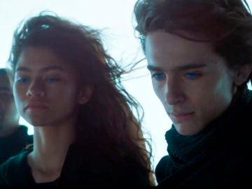 Zendaya y Timothée Chalamet en 'Dune'