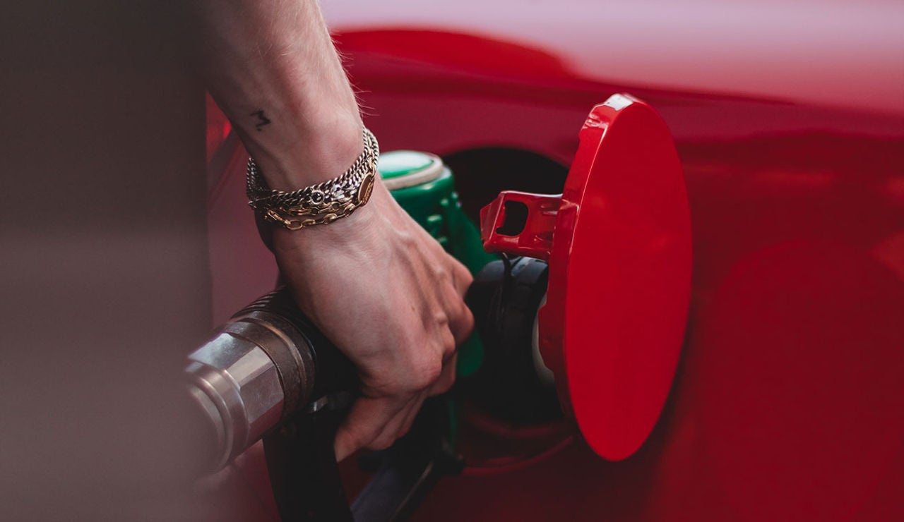 Cómo encontrar la gasolina más barata en España este verano 2021
