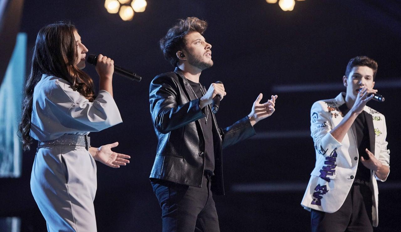 Blas Cantó canta 'Complicado' con Lola Avilés y Javier Crespo en la Final de 'La Voz Kids'