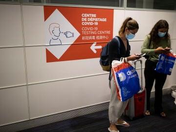 Bruselas pide un único sistema a los países para verificar el pasaporte Covid
