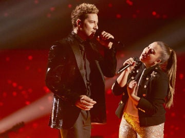 David Bisbal y Rocío Avilés cantan 'Abriré la puerta' en la Final de 'La Voz Kids'
