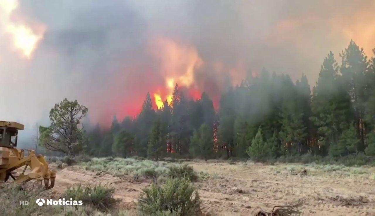 Los incendios activos en Estados Unidos provocan efectos visuales