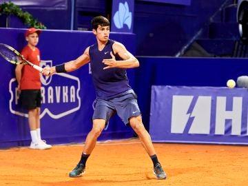 Carlos Alcaraz conquista su primer título ATP en Umag con tan solo 18 años