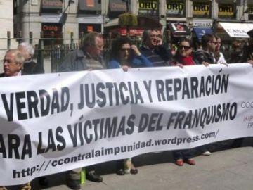 El País Vasco multará con sanciones de hasta 10.000 euros a todo aquel que enaltezca el franquismo