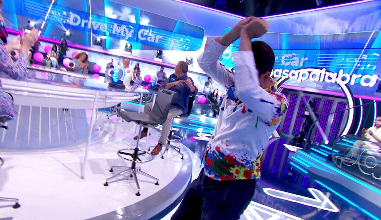 """¡Qué oído! Marco Antonio no duda un segundo y acierta la canción: """"¡A bailar!"""""""