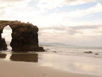 La playa de As Catedrais en Lugo