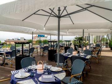 El TSJ de Cantabria rechaza la obligatoriedad del 'pasaporte Covid' para acceder a bares y restaurantes
