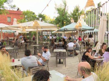La iniciativa 'Acoge un plato' abre su primer restaurante para favorecer la inclusión de migrantes