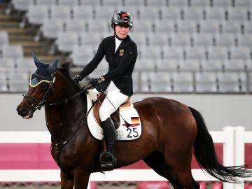 La PETA pide al COI que se excluya la hípica de los Juegos Olímpicos por el maltrato a un caballo en Tokio
