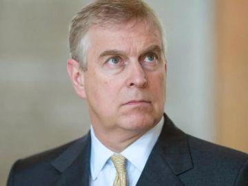 """Estados Unidos considera al príncipe Andrés """"una persona de interés"""" en la investigación de Epstein"""