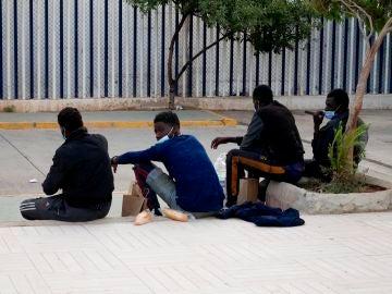 57 inmigrantes entran a Melilla tras saltar la valla