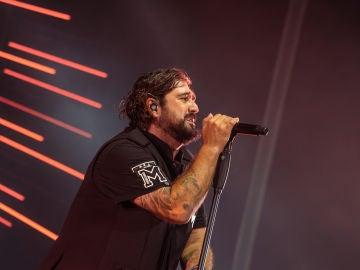 Orozco ofrece un concierto rebosante de energía y sentimiento en Starlite Catalana Occidente