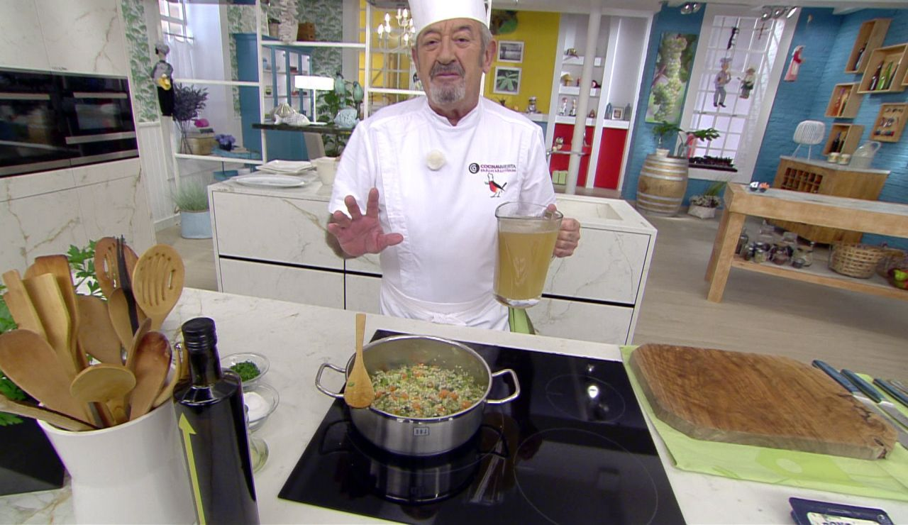 Karlos Arguiñano te enseña el truco para que te quede de diez el risotto de verduras