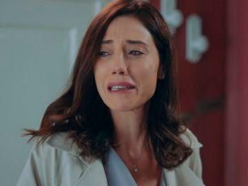 """Nil se convierte en detective para Asya: """"Volkan está con una mujer"""""""