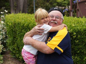 El regalo de un abuelo a su nieta tras fallecer que ha emocionado Twitter