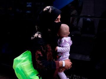 """Un policía recuerda el drama en el aeropuerto de Kabul: """"Una madre tuvo que elegir entre sus hijos"""""""