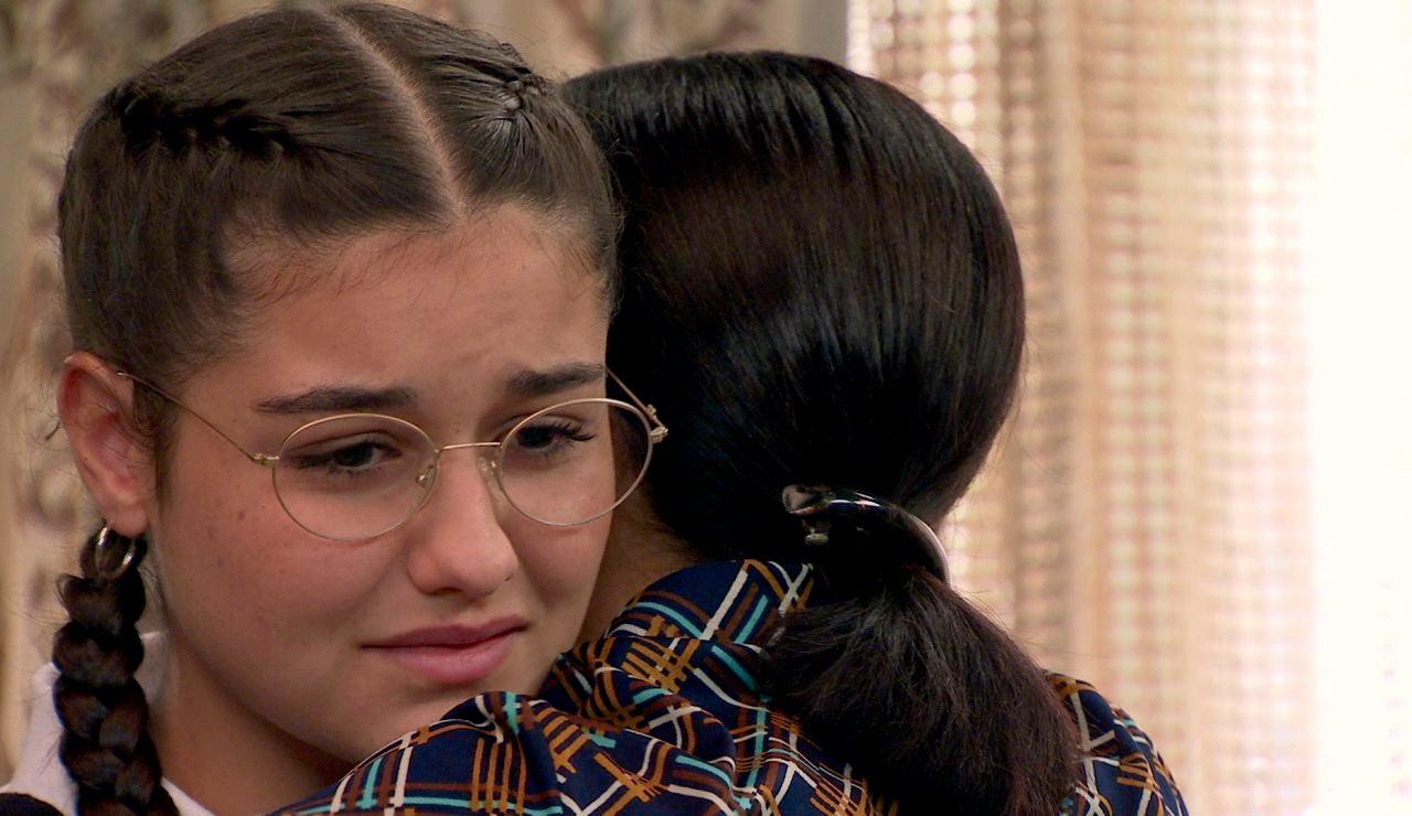 Manolita da la cara por Catalina, ajena a los graves problemas que padece en el colegio