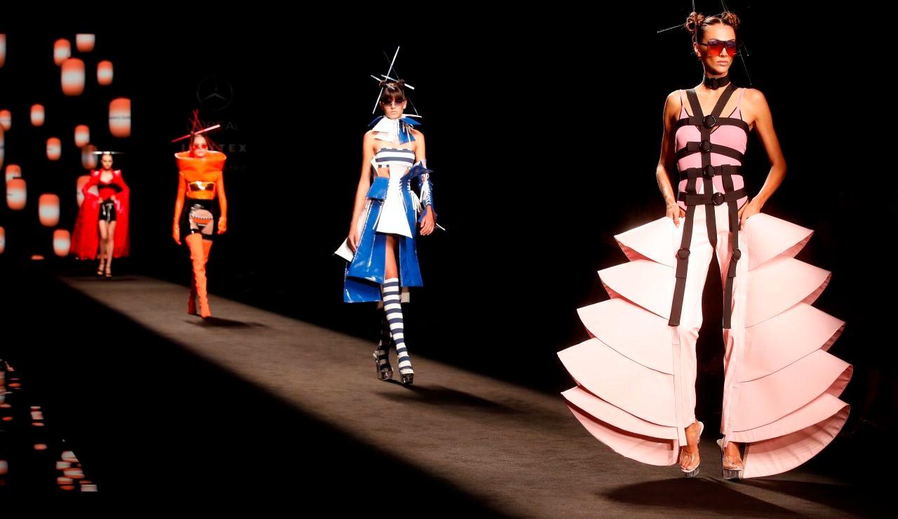 Arranca la Mercedes Benz Fashion Week Madrid con el debut de Bad Gyal