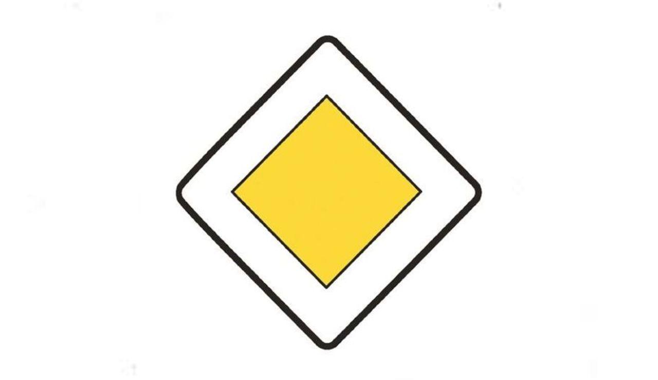 La DGT te pone a prueba: qué significa la señal de tráfico que casi todo conductor olvida