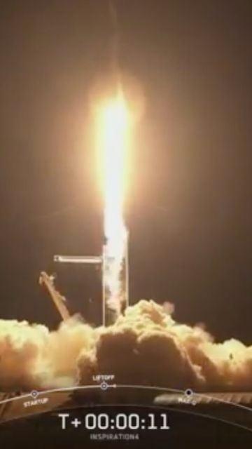 Despega el primer vuelo espacial tripulado por turistas