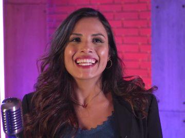 """Descubre a Andrea Bayardo, la traductora de 'Veo cómo cantas': """"La vida de los musicales me ha traído a España"""""""