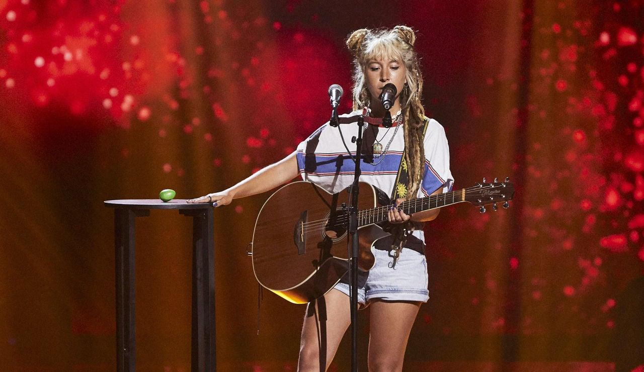 Greta Borszewski canta 'Dance monkey' en las Audiciones a ciegas de 'La Voz'