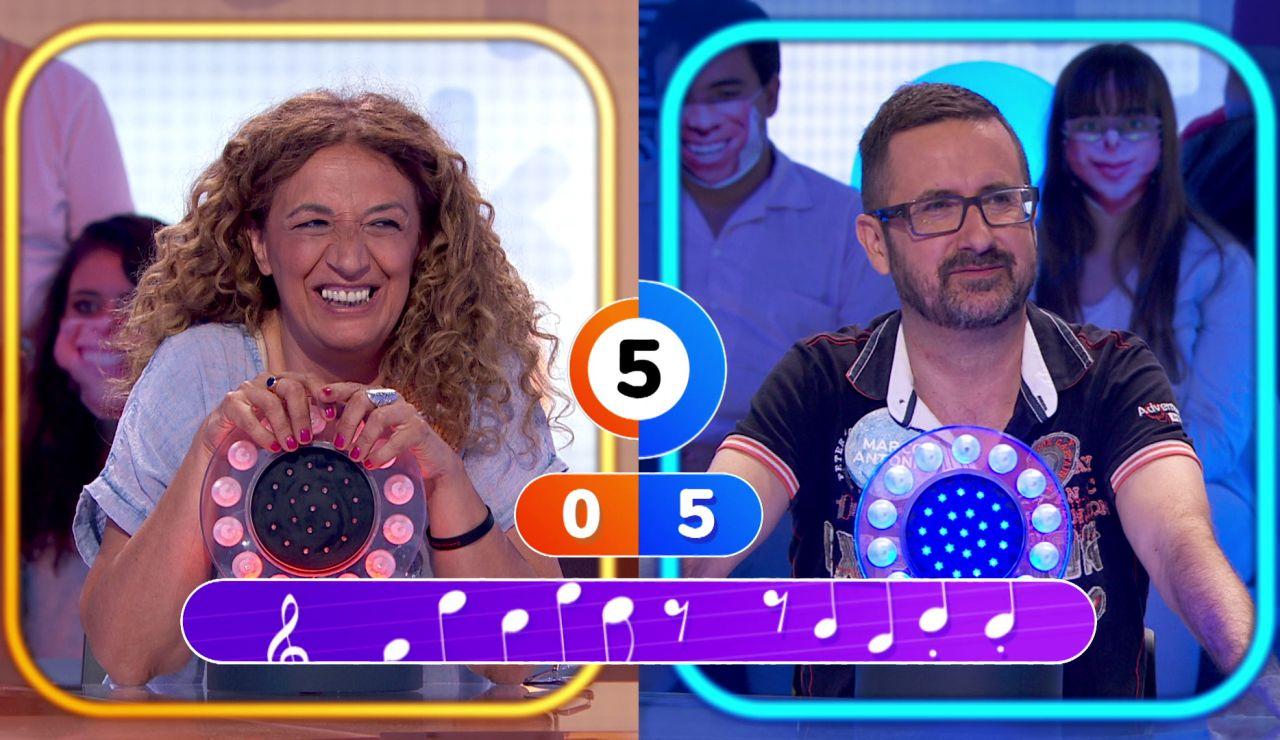 """Roberto Leal se sincera con Sofía después de oírla cantar en 'La Pista': """"Estoy loco por irme contigo a un karaoke"""""""