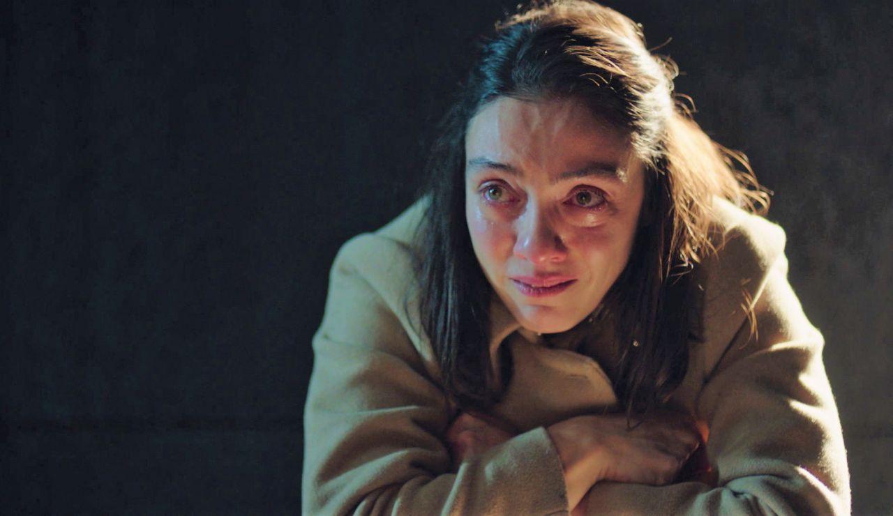 """Gülben, convencida de su terrible imprudencia con Esra: """"Soy una asesina"""""""