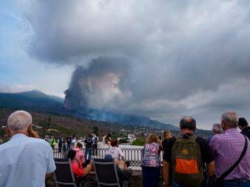 El Congreso y Senado aprueban una declaración institucional en apoyo a los evacuados y funcionarios que trabajan en La Palma