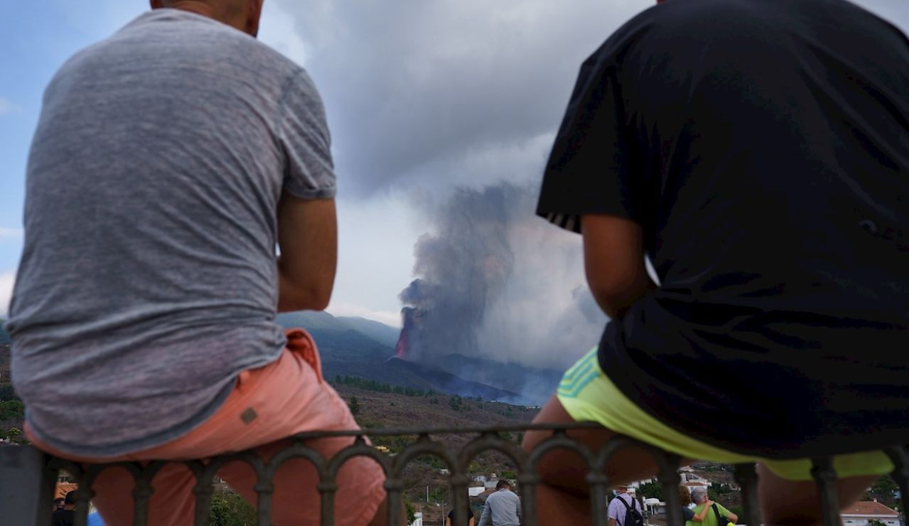 Volcán estromboliano: Qué es, tipos de erupciones, partes, cómo se forma y cómo funcionan los volcanes